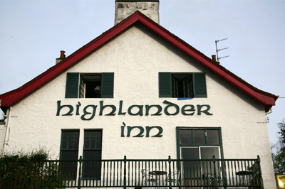 Highlander Inn Hotel e Whisky Bar
